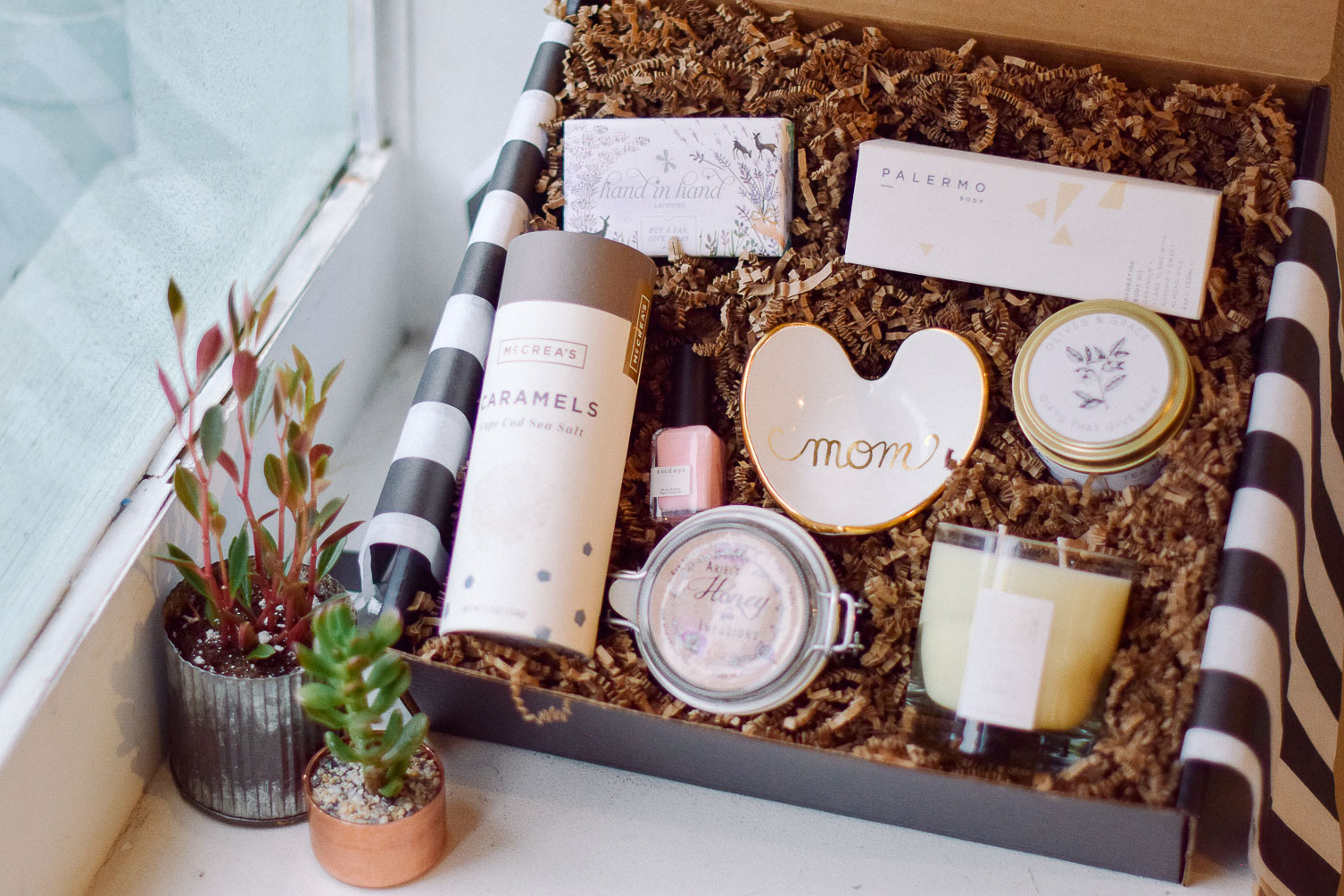 gift-box-ideas-for-mothers-day-olives-grace-12